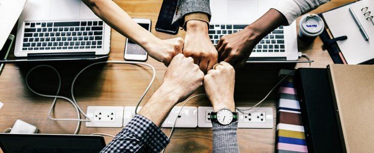 webszolgáltatási szerződések specifikációja és egyeztetése
